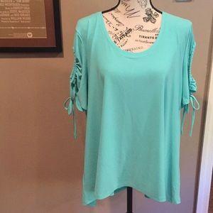 NWT Chaus xlarge cold shoulder blouse